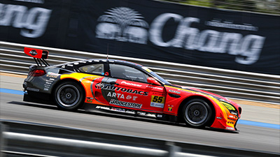 Late Puncture Costs Walkinshaw and Takagi Certain GT300 Podium: Read More